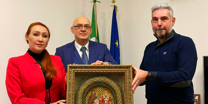 The transfer of the icon took place at the Embassy of the Republic of Italy in Moscow.